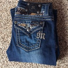 Miss me jeans Really cute Miss me jeans! Size 26, slightly worn. Miss Me Jeans Boot Cut