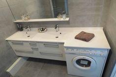 Plan de toilette sur mesure ! - Plan de toilette 2 vasques en résine blanche avec décrochement pour le lave-linge.
