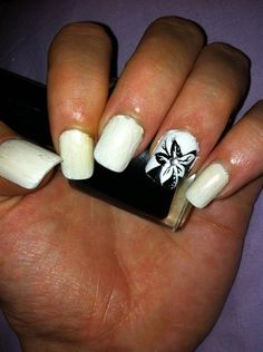 black and white flower - Nail Art Gallery by NAILS Magazine