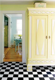 House of Turquoise: Turquoise and Yellow