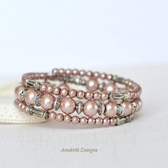 Brown pearl memory wire bracelet - Beaded bracelet - Gift for her - Wrap bracelet - Boho bracelet - Handmade jewelry - Multistrand bracelet