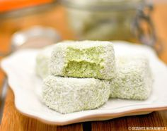 Healthy Matcha Green Tea Coconut Fudge - Desserts with Benefits
