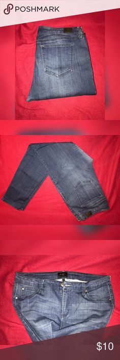 Cute pants! Size 15/32. Worn a handful of times. Nice stretchy material. Bundle prices! 2+ items for %15 off! I am not taking trades at this time! I am desperate for money! So I will more than likely take reasonable offers! Jeans Skinny