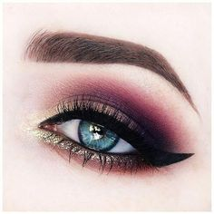 Trendy ideas eye makeup dramatic glitter make up Glitter Eye Makeup, Cat Eye Makeup, Blue Eye Makeup, Eye Makeup Tips, Beauty Makeup, Makeup Ideas, Makeup Tutorials, Makeup Box, Prom Makeup