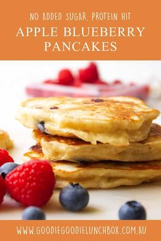 delicious refined sugar free apple and blueberry pancakes. Freezer friendly, lunchbox friendly and packed with protein. #proteinpancakes #pancakes #appleblueberrypancakes #pancakeday #breakfastideasforkids #breakfast via @goodielunchbox