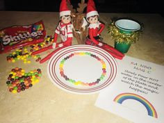 Elf on the Shelf Ideas Rainbow Magic..just add hot water in the center of the plate and watch it swirl. Jingle and Snowflake have the best ideas in the world!! Elf On The Shelf Ideas For Toddlers, Christmas Elf, Christmas 2017, Christmas Crafts, Buddy The Elf, Christmas Activities, Rainbow Magic, Elf On The Shelf Skittles, Easter
