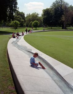 The fountain is designed to radiate energy as well as to draw people inwards.