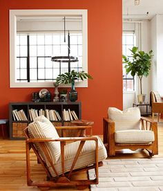 5 Loft Living Space Design and Decorating Ideas by Sarah Richardson Staging Home Interiors in Style orange wall paint and shelves with wooden doors. Geo, imagine this with silver frame Orange Rooms, Living Room Orange, Sarah Richardson, Orange Accent Walls, Living Room Decor, Living Spaces, Ideas Geniales, My New Room, Home Office