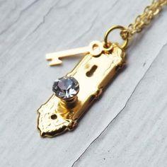 Alice in Wonderland Golden Doorknob and Key Necklace