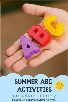 This awesome collection of preschool literacy ideas are perfect for summer break. Have fun with water, chalk, sensory, and more while exposing young children to the alphabet! #summer #literacy #alphabet #abc #reading #writing #preschool #AGE3 #AGE4 #teaching2and3yearolds Summer Preschool Activities, Preschool Literacy, Preschool Learning Activities, Preschool Lessons, Toddler Preschool, Toddler Activities, Summer Lesson, Alphabet Letter Crafts, Lesson Plans For Toddlers