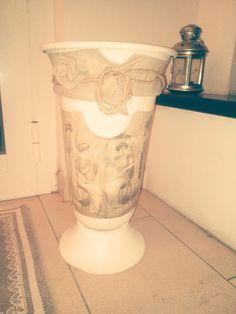 pindepummi: nontuttomaditutto: fai da te  bijoux  arte riciclo  foto  racconti  viaggi pensieri : RICICLO VECCHIO PORTAOMBRELLI IN VERSIONE SHABBY ...