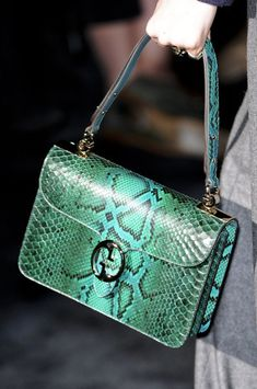 Gucci Fall 2011 - Details | The House of Beccaria