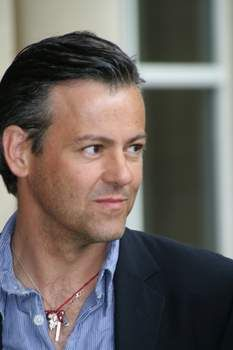 Rupert Graves. Actor británico.