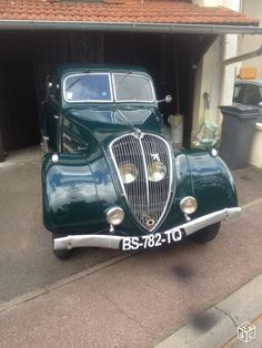For sale in France (not by me) French Classic, Classic Cars, Peugeot France, Tupperware, Old Cars, Cars And Motorcycles, Antique Cars, Garage, Bike