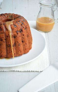 Christmas Caramel Cake