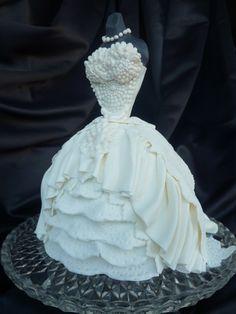 "Wedding Dress in ""Bridal Shower"" — what a cute cake"