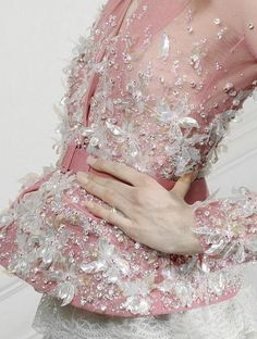 lamorbidezza:  Christian Dior Haute Couture Spring 2010 Details