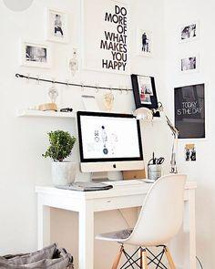 Same desk, different arrangement ✔️◼️◻️ #inspiration #interior #interiordesign #home #homedecor #homedesign #decor #decoration #instahome #scandinaviandesign #desk #workspace
