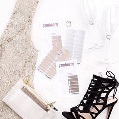 An #engagementparty is a great way to celebrate with friends and family. But what to wear?! #partyoutfit #RoseGoldSparkleJN #ChampagneToastJN #DiamondDustSparkleJN #PewterJN #Jamberry #JamberryWedding