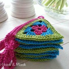Crochets à pendule, motif sur www. Crochet Home, Love Crochet, Crochet Granny, Crochet Motif, Crochet For Kids, Diy Crochet, Crochet Stitches, Crochet Baby, Crochet Patterns