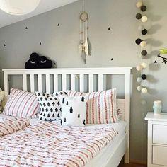 good morning with good moods - habt einen schönen Tag! Vielen Lieben Dank @schwestaewa2013 für dieses hübsche Foto ihrer good moods Lichterkette. Liebe Grüße - Euer good moods Team #goodmoods #tuesday #morning #mood #lights #home #homedecor #bedroom #interiror #design #lichterkette #good__moods #stringlights #cosy #bed
