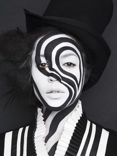 Amazing black and white theatrical makeup | #BlackandWhite #Black #White #Theatrical #Makeup #Face #Paint #Model #Stage