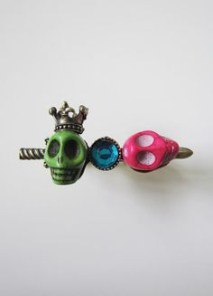 Aude Skull Twin Ring (Green/Pink) S$18   from: La Volée