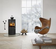 Stumbled upon this whilst researching stoves (morso)  and realized that there is potential for my plain white apartment after all  (featuring a leather egg chair)...