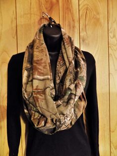 Real Tree Camo Infinity Scarf  Camo Knit by TheLittleBarntique
