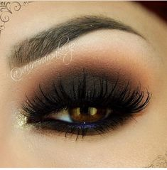 Make Black Smokey Eye Makeup - Lashes - Navy Blue Waterline
