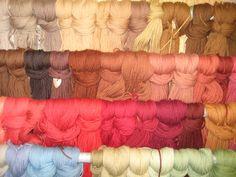 100% Wool is used in the repair of wool rugs.