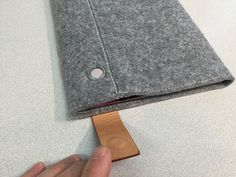 inateck-ipad air sleeve with built in kickstand