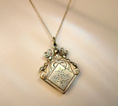 Victorian Etched Ornate Gold Filled Locket by Topcatvintage