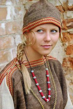 Viking Garb, Viking Reenactment, Viking Dress, Viking Costume, Medieval Costume, Medieval Dress, Folk Costume, Fairy Costumes, Iron Age