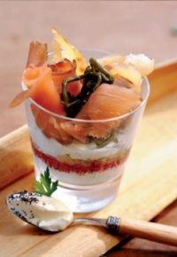 Des verrines au saumon et fromage blanc....