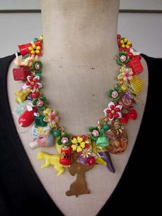 Vintage Toy Necklace Flower Necklace Statement by rebecca3030.etsy.com