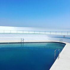 Jubilee Pool Penzance, Cornwall. Outdoor art deco swimming pool, Nautical Looks, Free Entry, Beautiful Pools, Cornwall England, Outdoor Art, Cool Pools, In Ground Pools, Go Outside, Swimming Pools