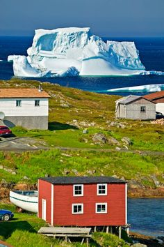 Iceberg in Newfoundland, Canada.yeah they look close to sure - but they can still be a long way out. Newfoundland Tourism, Newfoundland Canada, Newfoundland And Labrador, Newfoundland Icebergs, Nova Scotia, Nicola Tesla, Places To Travel, Places To Go, Gros Morne