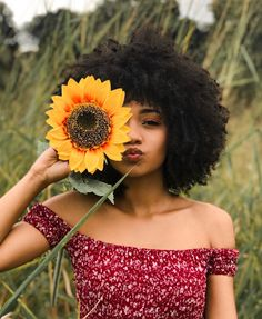 29 Reasons why we envy afro hair - 29 Reasons why we envy afro hair Best Picture For Beauty care For Your Taste You are looking for - Big Afro, Curly Afro, Afro Wigs, Afro Punk, Blonde Afro, White Girl Afro, Afro Hair Drawing, Cabello Afro Natural, Short Afro Hairstyles
