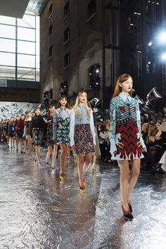 Topshop Unique, Mary Katrantzou and Anya Hindmarch LFW A/W16 - Inthefrow