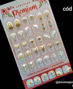 Nail Jewels, Gem Nails, Nail Art Diy, Nail Designs, Jewelry Design, Bling, Bling Nail Art, Jewelry Displays, Nail Gems