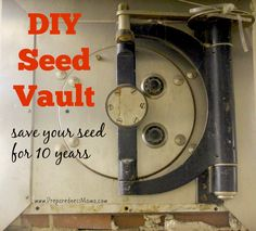 Dry seeds from your garden or the local nursery is a simple step to take toward self-reliance. Create a DIY seed vault that will last for at least 10 years. - also seed packet printables Fall Vegetables, Growing Vegetables, Growing Tomatoes, Survival Prepping, Emergency Preparedness, Emergency Food, Urban Survival, Square Foot Gardening, Living Off The Land