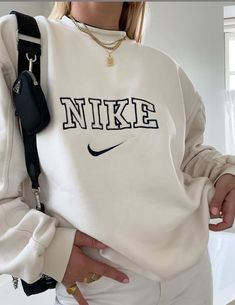 Indie Outfits, Teen Fashion Outfits, Retro Outfits, Look Fashion, Teenage Girl Outfits, Fashion Spring, 90s Fashion, Cute Comfy Outfits, Stylish Outfits