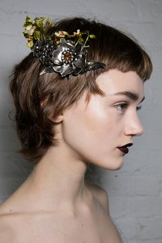 Antiques Roadshow - hair accessories are trending now!