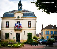Town Hall,  Auvers-sur-Oise,  France --      Vincent  Van Gogh spent the last 70 days of his life in Auvers,  living in an attic room. During those last 70 days, he painted over 80 works of the town, the surrounding fields and residents.