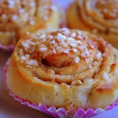 Pähkinä-toscapullat Baking Recipes, Healthy Recipes, Baking Ideas, Healthy Food, Finnish Recipes, Joko, Sweet And Salty, Doughnut, French Toast