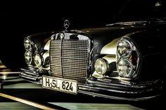 Mercedes Mercedes-Benz 300 SEL 63 Cars and rides Mercedes Auto, Mercedes Benz Autos, Old Mercedes, Classic Mercedes, Retro Cars, Vintage Cars, Porsche, Audi, Automobile