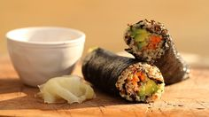 Quinoa Nori Metabolism-Boosting Wraps by nutritionist Lola Berry. Nori (seaweed) combined with the veggie protein power of Quinoa and colourful veggies makes this meal a nutritional gold-mine. #healthy #recipe #lunch #paleo
