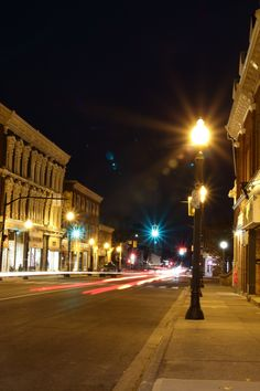 Downtown Dundas, King St. West.