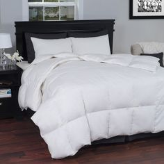 This baffle box microfiber down alternative comforter is hypoallergenic. It is soft and breathable keeping you cozy through every season.